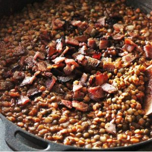 smoky bbq baked lentils with bacon