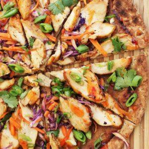 thai grilled chicken pizza