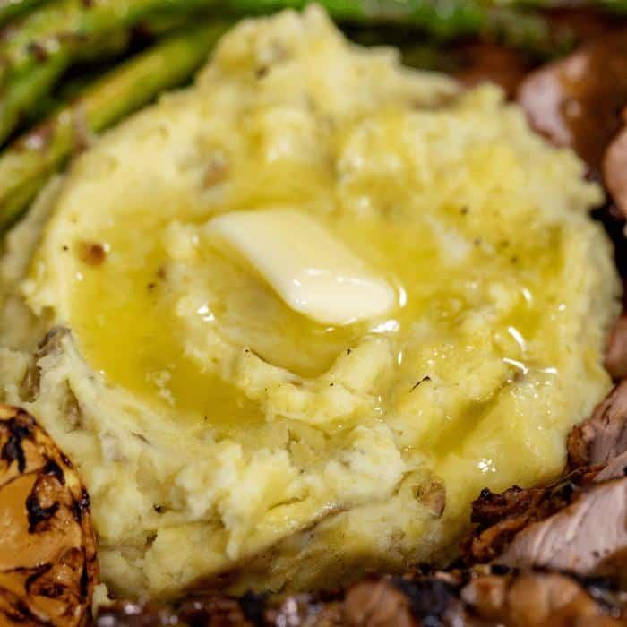 smoked mashed potatoes on a plate